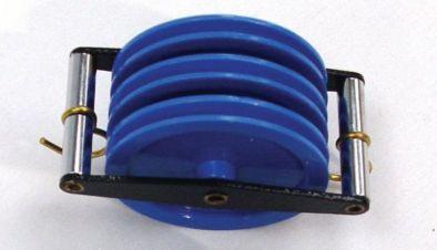 Pulley, Plastic, triple   2 Hook  (parallel)