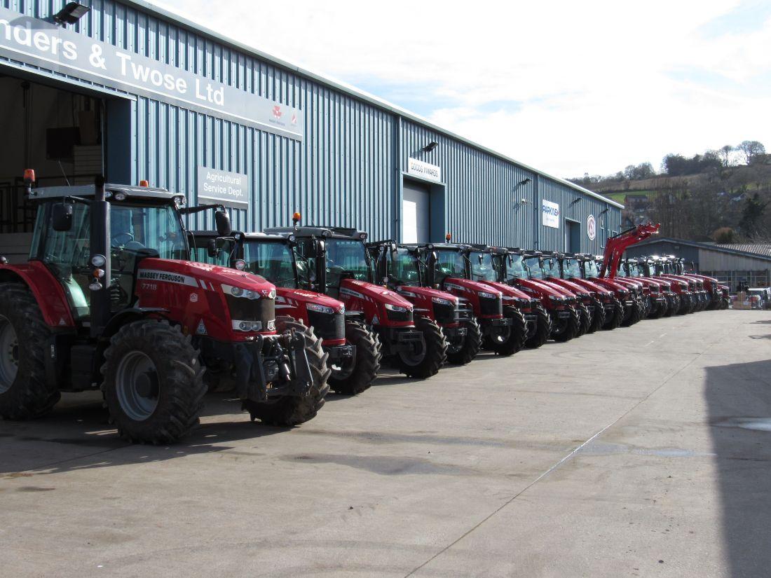 New Massey Ferguson Tractors Medland Sanders Amp Twose Ltd