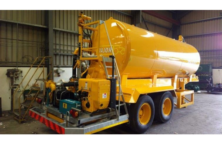 Major Dust Suppression – 3000 Gallon Port Dust Tanker