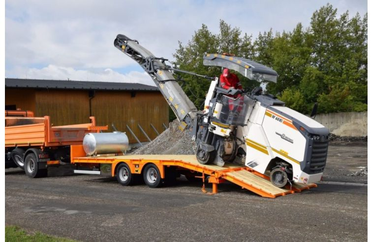NC Tandem Centre Axle Trailer On Air Or Mechanical Suspension.