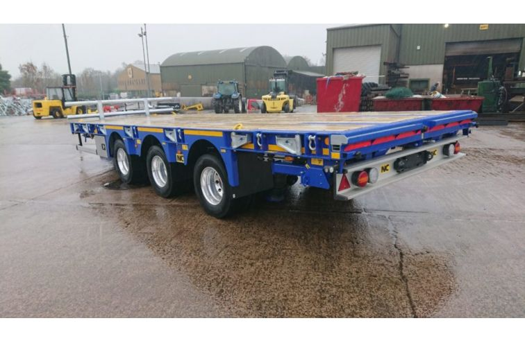 NC Tridem Centre Axle Trailer On Air Or Mechanical Suspension.