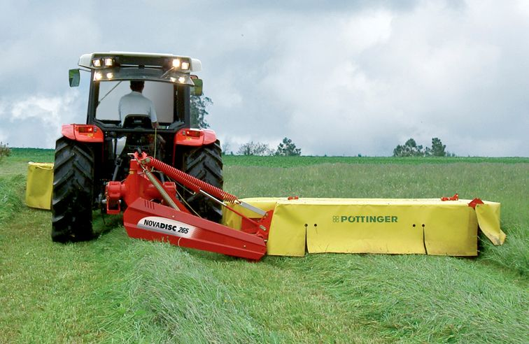 PÖTTINGER NOVADISC 265 REAR MOUNTED DISC MOWER