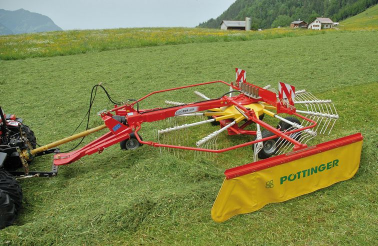 PÖTTINGER EUROTOP 421 SINGLE-ROTOR RAKE