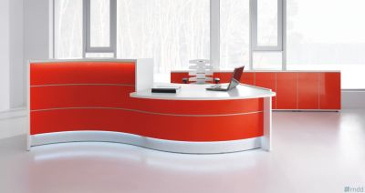 Valde S Shaped Reception Desk With Wheelchair Access Area