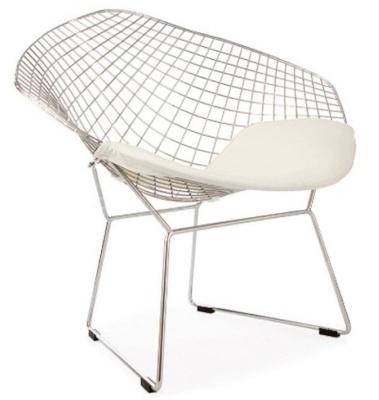 Harry Bertoia Diamond Chair With A White Seat Cushion