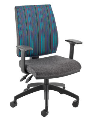 QUATRO CHAIR FRONT ANGLE