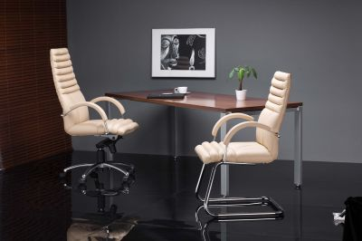 Tento Executive Chairs Mood Shot