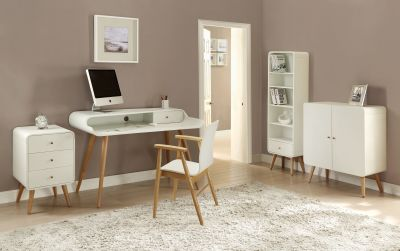 PC702 Tower Desk White Ash Room Settingdone