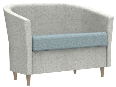 Accolade Sofa With Wooden Feet