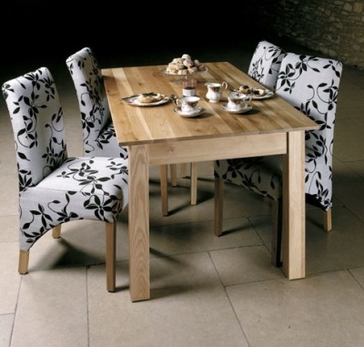 Warwick Six Seater Dining Table 2