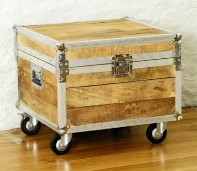 Coffee Trunk Table 1