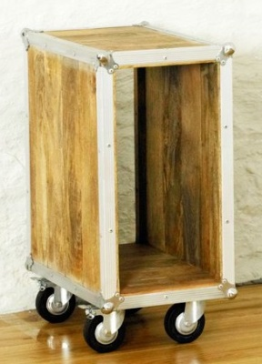 Roadie Plant Stand 1