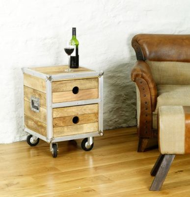 Roadie Lamp Table With Drawers 3