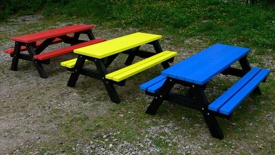 Wespoint Coloured Childrens Pjcnic Table 2
