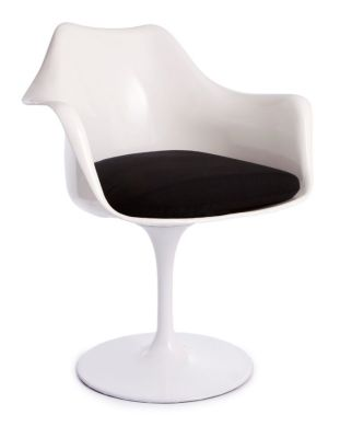 Tulip Chair Wit A Black Cushion Front Angle Shot