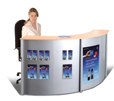 Genua B Reception Desk