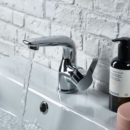Shout Basin Mixer
