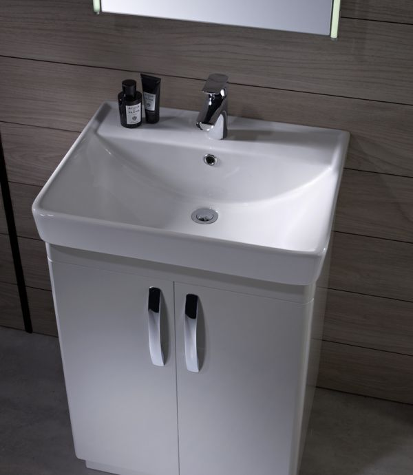 Compass 600mm Freestanding Unit Gloss White Tavistock