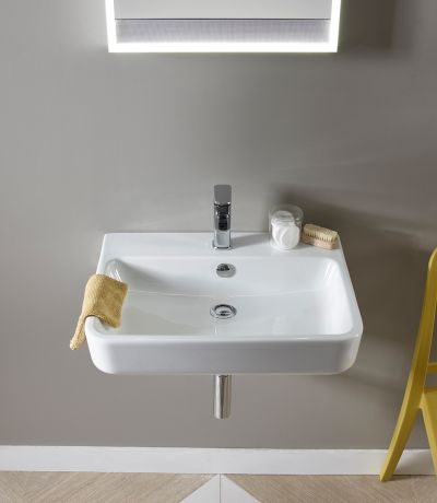 Agenda 600mm Ceramic Basin & Bottle Trap