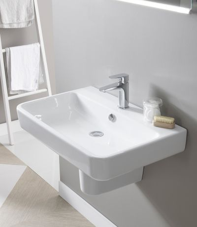 Agenda 700mm Ceramic Basin & Bottle Trap