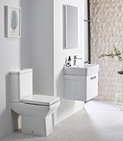 Q60 Comfort Height Close Coupled WC