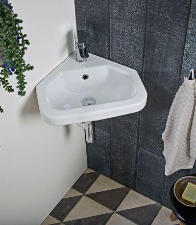 Niche Corner wall hung basin