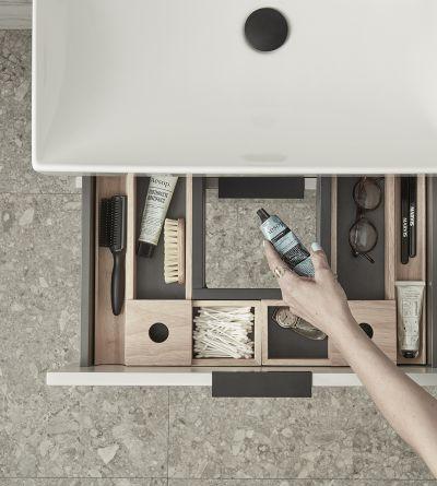 Cadence Storage Makeup Tray