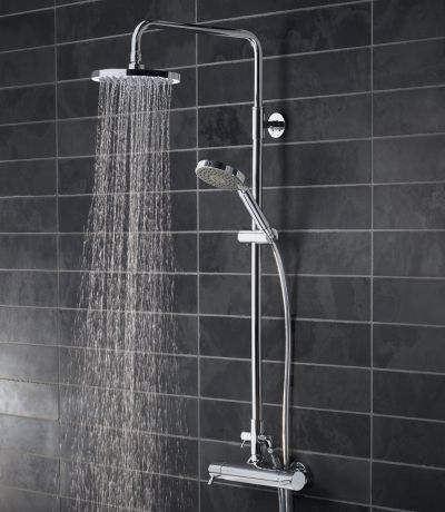 Kinetic Bar Valve Shower System With Fixed Shower Head