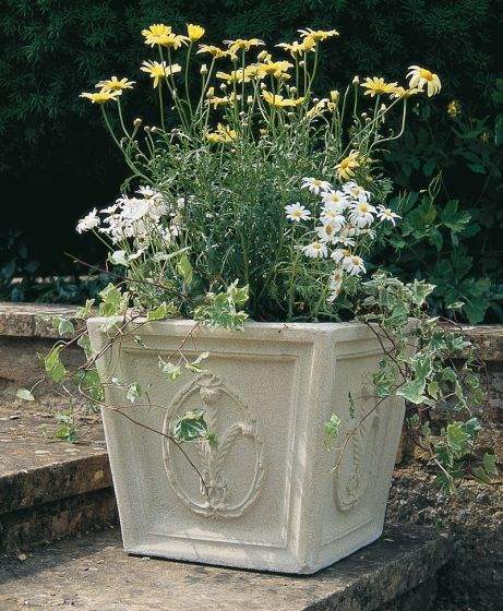 Julius Square Planter
