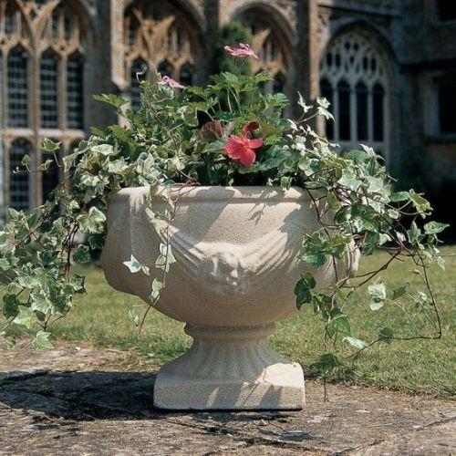 Buckingham Urn