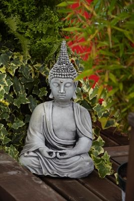 Pearl Hat Buddha