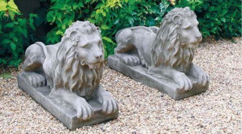 Laying Lion Pair