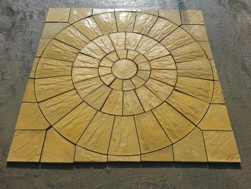 Rustic Circle Paving Set