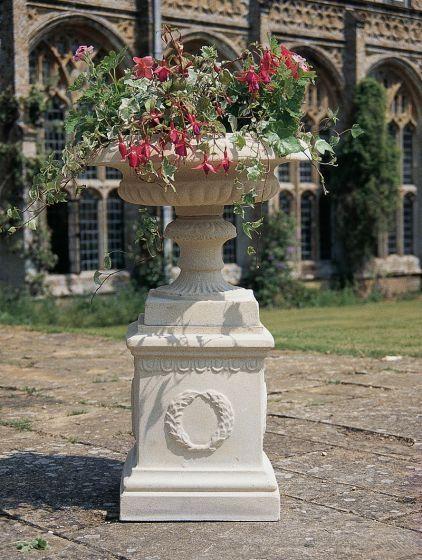 Isabelle Urn & Pedestal