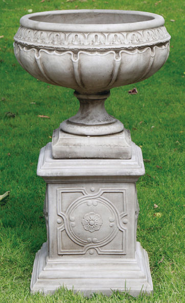 Blenheim Urn & Plinth