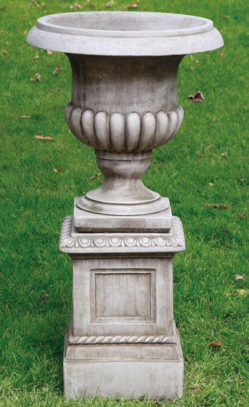 Stockbridge Urn & Plinth