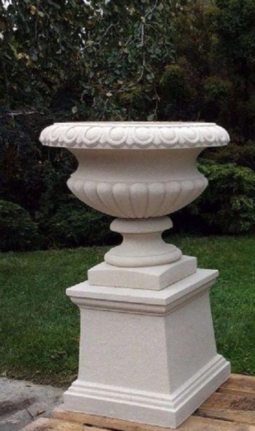 Florentine Urn & Pedestal