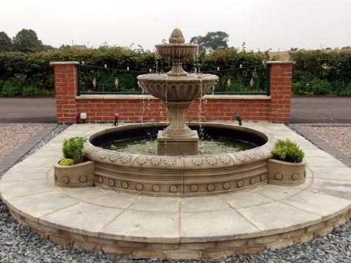 Large Circular Fountain