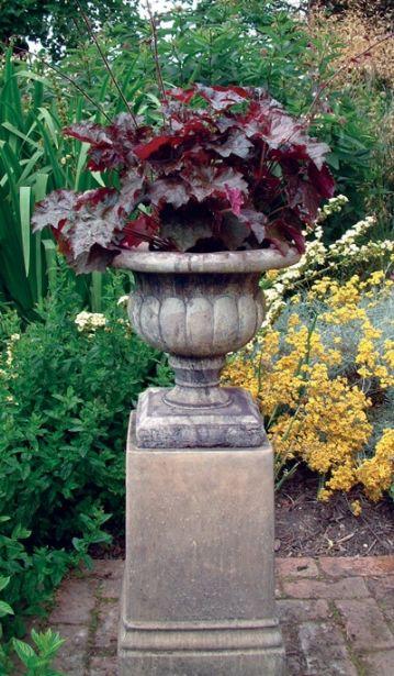 Vienna Vase 12 on Plinth