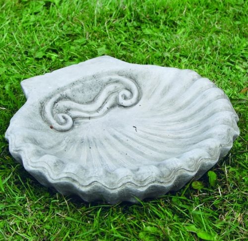 Small Shell Bird Bath