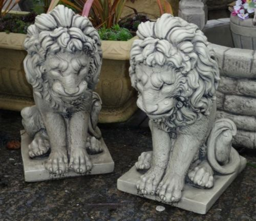 Lion Pair - White